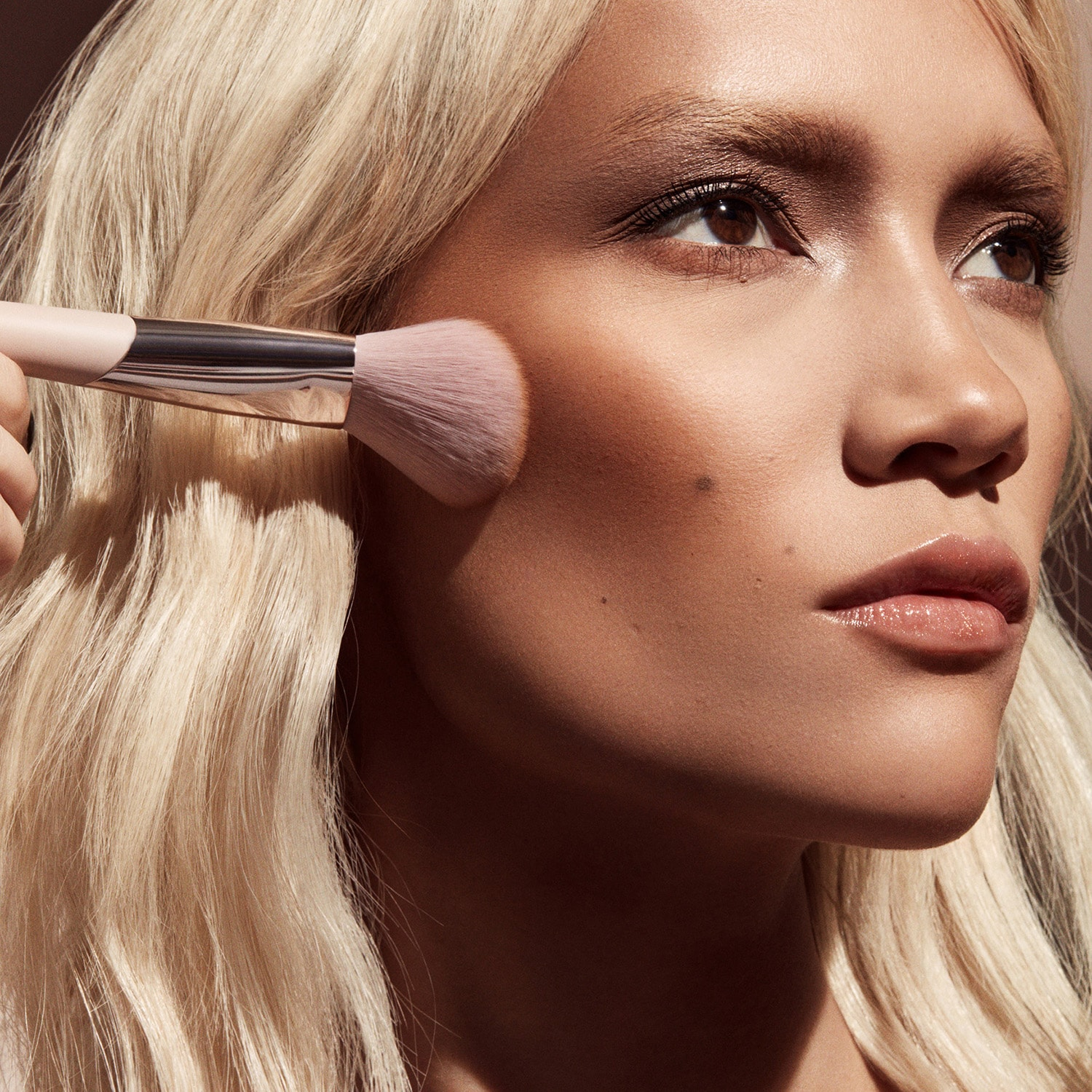 Sculpting Bronzer - Brush 195